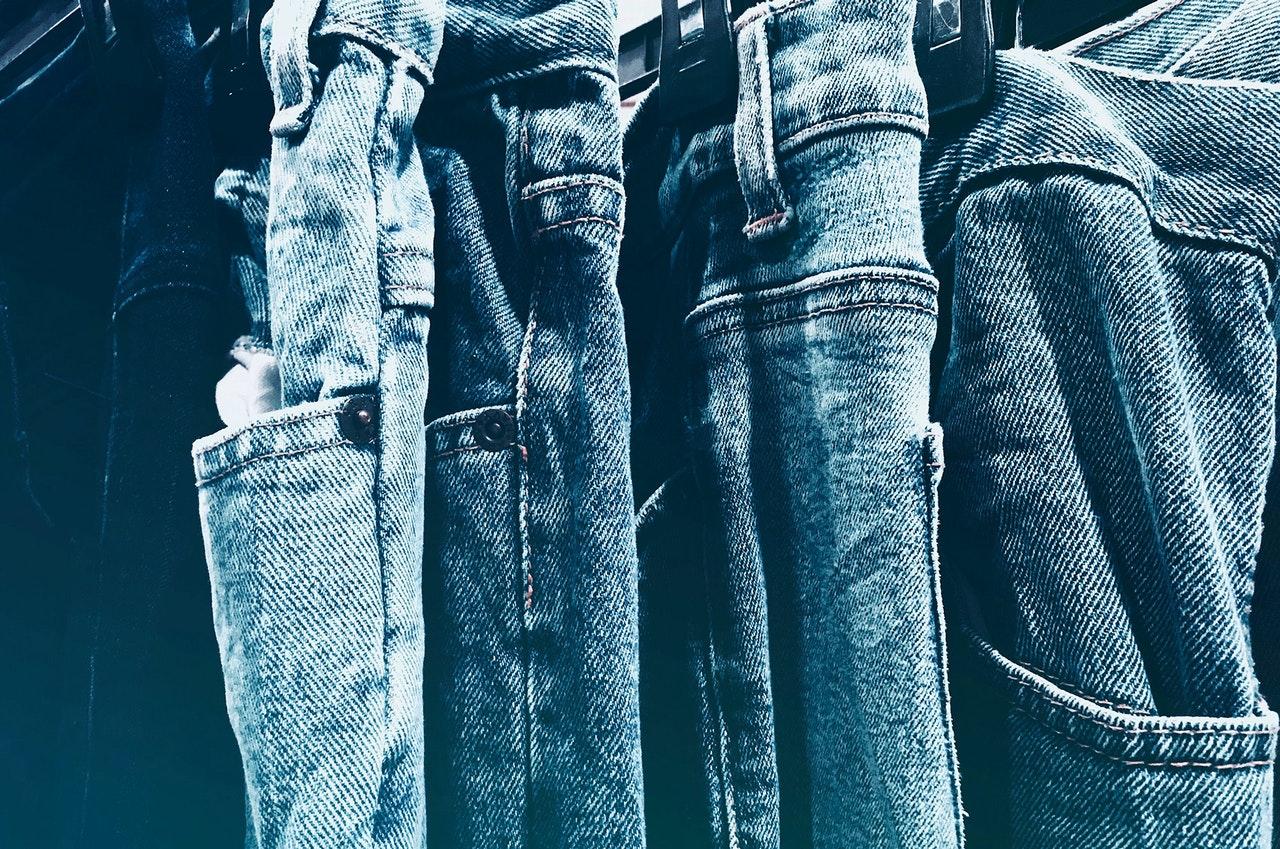 Zo kies je de juiste jeans bij jouw figuur